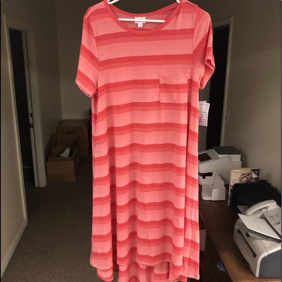 LuLaRoe Dresses & Skirts - Medium Lularoe Carly NWT